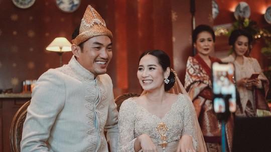Bermasker, Niken Anjani Resmi Menikah Lagi