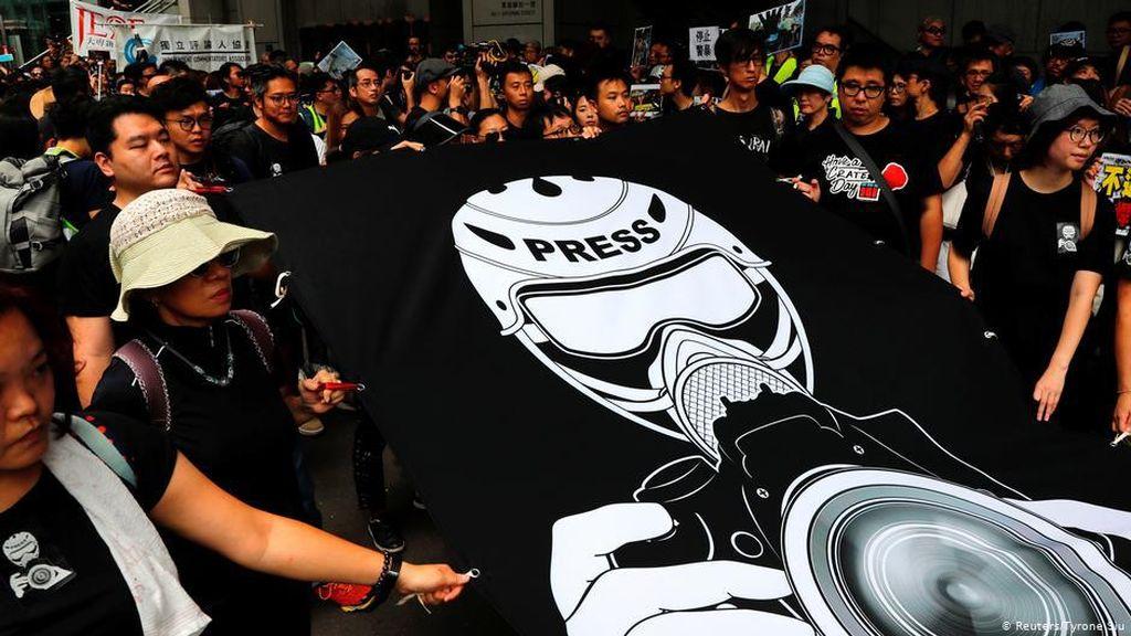 Media Hong Kong Khawatir Jadi Korban Pertama UU Anti-Subversi China