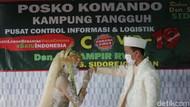 Sepasang Kekasih di Sidoarjo Nikah dalam Pos Kampung Tangguh COVID-19
