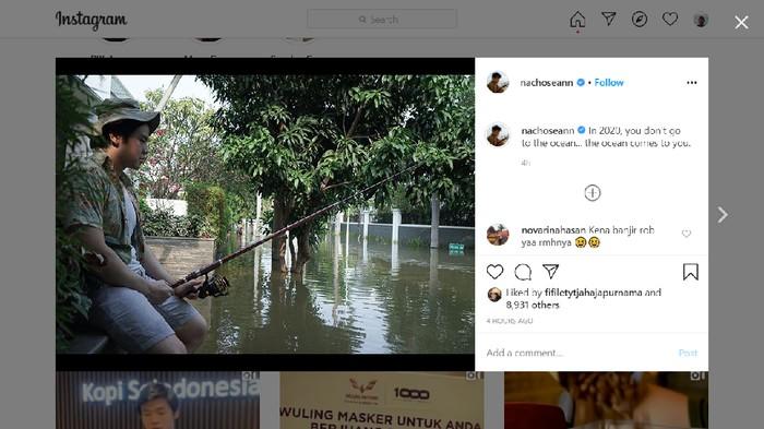 Nicholas Sean Purnama posting foto banjir yang melanda Kompleks Pantai Mutiara (Screenshot Instagram @nachoseann)