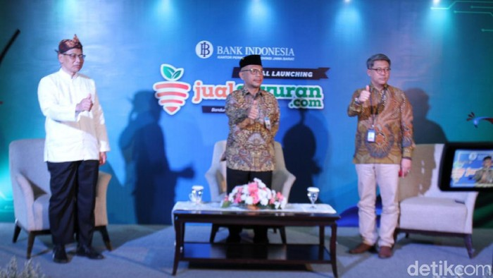 Petani di Jabar Jualan Sayur Via Online