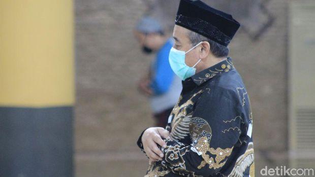 Salat Zuhur Berjemaah di Masjid Raya Bandung
