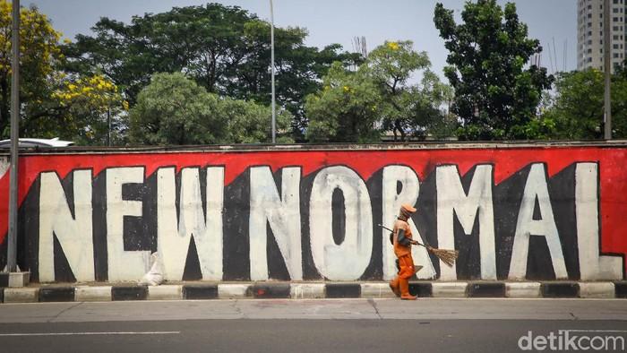 Skenario new normal untuk tatanan kehidupan baru di era pandemi Corona dilakukan dengan berbagai cara. Salah satunya lewat mural yang mejeng di kawasan Jakarta Selatan.