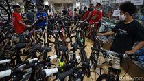 Video Toko Sepeda di Solo Diserbu Warga
