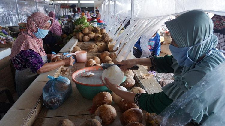 Begini Suasana Uji Coba New Normal di Pasar Tradisional