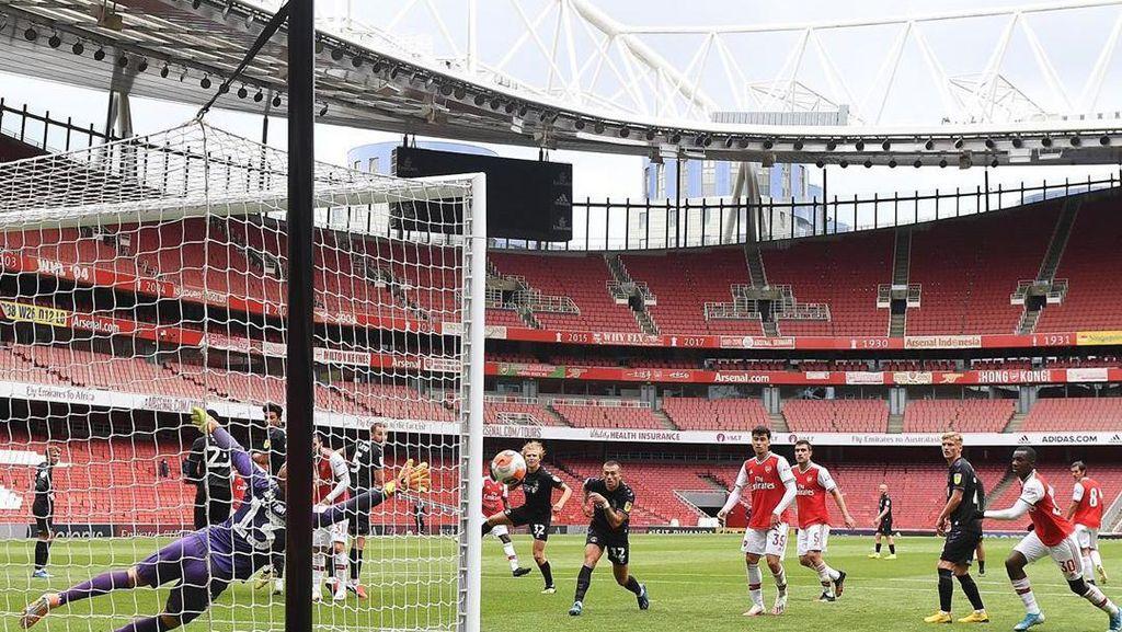 Panaskan Mesin Jelang Premier League, Arsenal Bantai Charlton