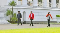 Ditemani Panglima TNI-Kapolri, Jokowi Olahraga di Istana Bogor Pagi Tadi