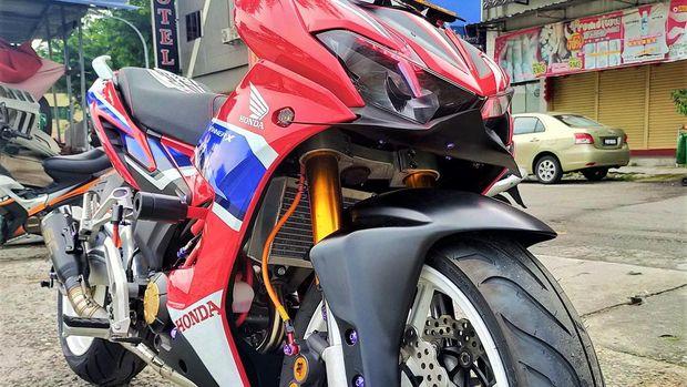 Modifikasi Honda Supra Gtr 150 Tampil Dengan Kaki Kaki Gambot