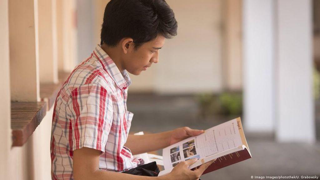 Selain Bahasa Inggris, Ini Tiga Bahasa yang Perlu Mahasiswa Kuasai
