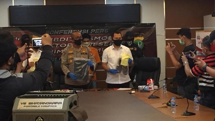 3 Pria Perampok di Menteng Ditangkap, Modusnya Ajak Kencan Sesama Jenis