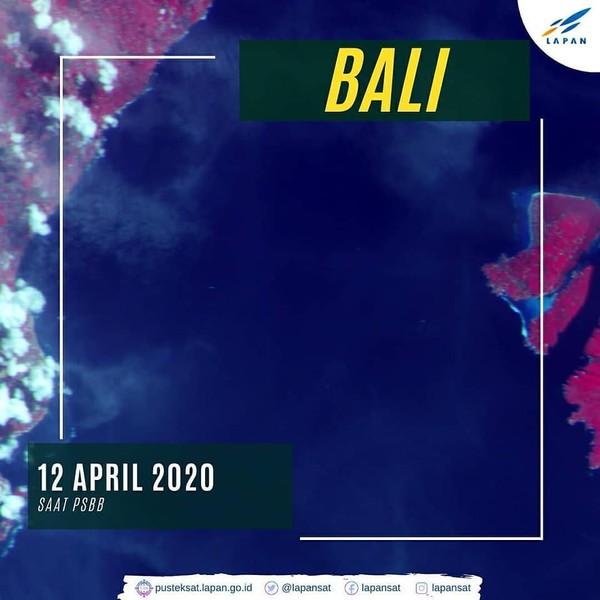 Saat penerapan PSBB (12 April 2020), aktivitas penyebrangan sangat sepi. Hal ini dikarenakan tempat pariwisata ditutup sementara untuk mengantisipasi penyebaran Covid-19. (dok. Facebook)