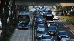 PSBB Transisi Dilanjutkan, Cek Aturan Berkendaranya