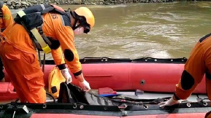 Hanyut Saat Bermain di Pinggir Sungai, Bocah di Medan Ditemukan Tewas (Foto: Istimewa)