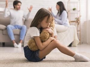 Agar Anak Tak Membenci Orangtua yang Cerai karena Selingkuh