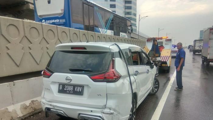 Kecelakaan di Tol Cawang