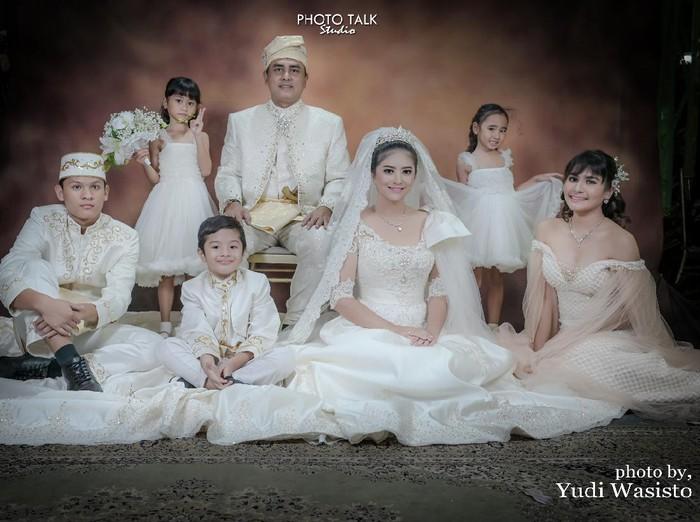 Qory Sandioriva, Sha Rei, dan lima anaknya