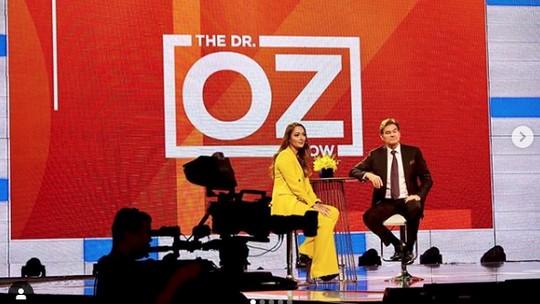 Reisa Broto Asmoro: Model Luar Negeri, Host Dr Oz hingga Jubir COVID-19