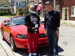 Bersihkan Sampah Demo George Floyd, Anak SMA Ini Dapat Mobil dan Beasiswa