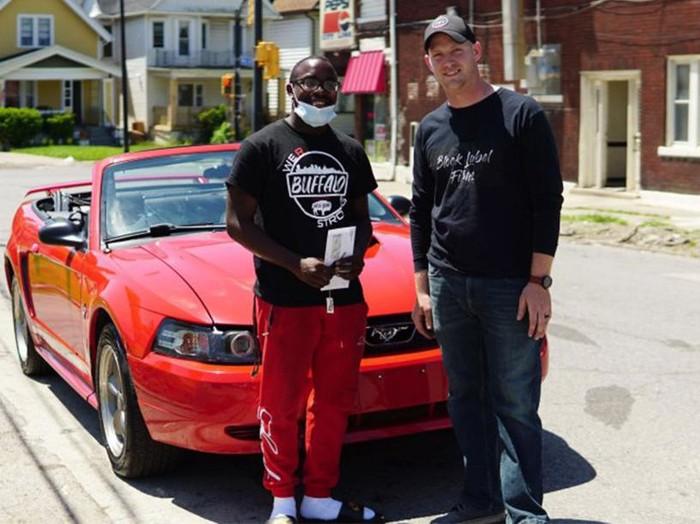 Remaja Dapat Mobil Mustang