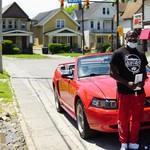 10 Jam Bersihkan Jalan Usai Demo George Floyd, Remaja Ini Dihadiahi Mustang