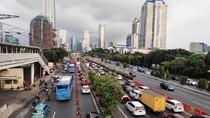 Jam Pulang Kerja, Lalin di Jalan Gatsu Arah Cawang Padat Merayap