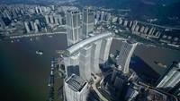 The Crystal namanya.Gedung iniadalah jembatan langit atau bangunan horizontal setinggi 250 meter dan itu adalah yang tertinggi di dunia.