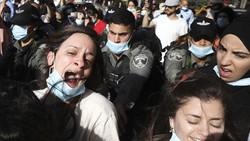 WHO menghimbau masyarakat untuk memakai masker saat pandemi COVID-19. Namun masih ada orang-orang yang belum menggunakannya, mungkin begini alasannya.