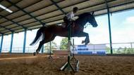 Atlet Berkuda Ini Tetap Berlatih di Masa Pandemi