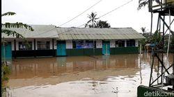 Puluhan Rumah di Tasikmalaya Terendam Banjir Luapan Sungai Cikidang
