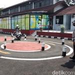 Berbeda dengan Indonesia, Inggris Baru Buka Uji Pembuatan SIM Motor Awal Juli