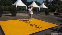Simulasi itu pun dipimpin langsung oleh Direktur Utama TWC, Edy Setijono. Simulasi ini dimulai dari awal, sejak mobil pengunjung tiba di parkiran, kemudian pengunjung turun di tanda warna kuning bertuliskan drop-off.
