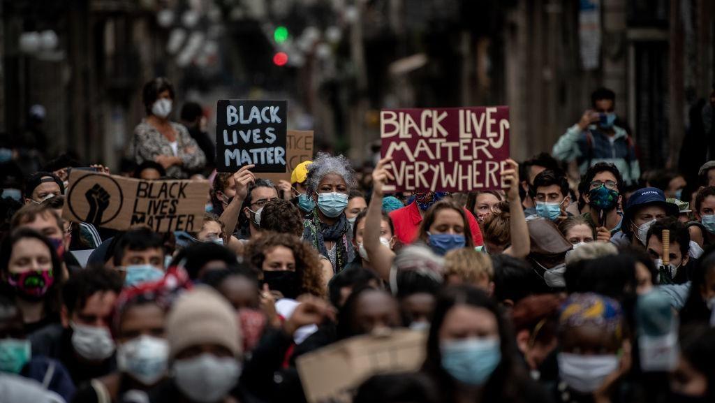 Serang Mobil Polisi, Demonstran George Floyd Terancam Bui Seumur Hidup