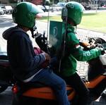 Naik Ojol Bawa Helm Sendiri, Please Deh Jangan Beli yang Rp 60 Ribuan