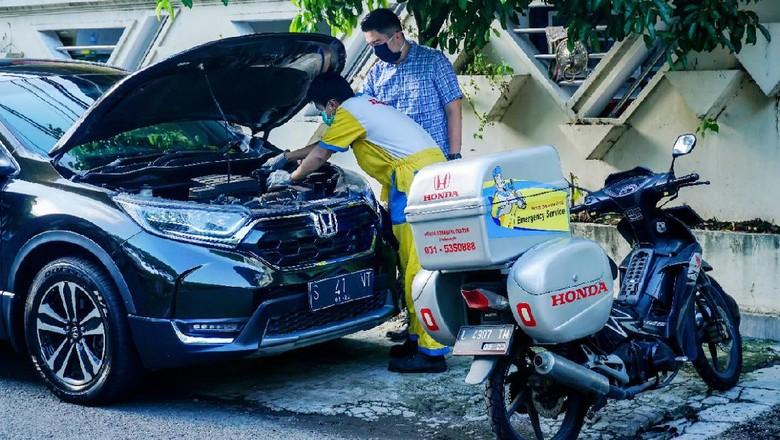 Servis mobil Honda
