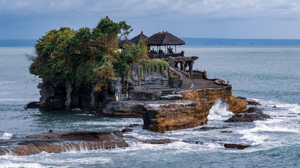 Gembiranya Wishnutama, Wisata Bali Mulai Dibuka Lagi