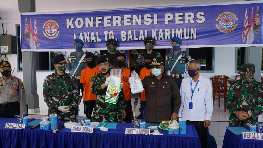 TNI AL Gagalkan Penyelundupan Sabu Asal Malaysia di Perairan Karimun