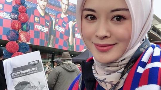 Ayana Moon Ternyata Suka Sepakbola, Fans Berat Barcelona