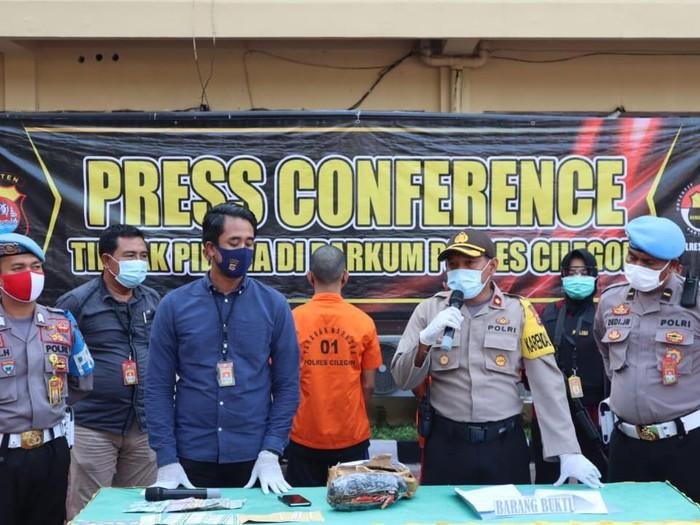 Karyawan PT Krakatau Steel ditangkap karena jual ganja