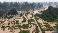China Dilanda Tanah Longsor, 14 Orang Tewas Atau Hilang