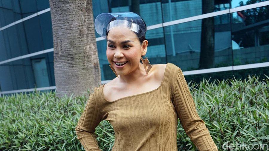 Melaney Ricardo saat ditemui di kawasan studio Trans TV.