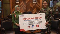 Pertamina Beri Bantuan 48 Ribu Paket APD ke Tenaga Medis TNI AD