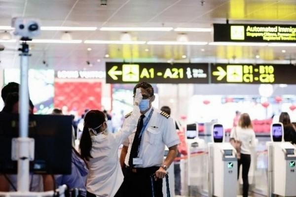 Sebelum masuk THA, penumpang harus di cek suhu dulu (Changi Airport Group)