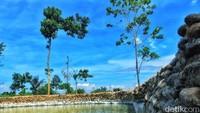 Kolam renang di lokasi tersebut masih terus dilakukan penyempurnaan. Selain itu, pihak Dinas PU Kota Bandung juga membangun view deck untuk melihat keindahan Bandung di atas ketinggian. Keren!