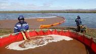 Sungai di Rusia Memerah Tercemar Tumpahan Minyak
