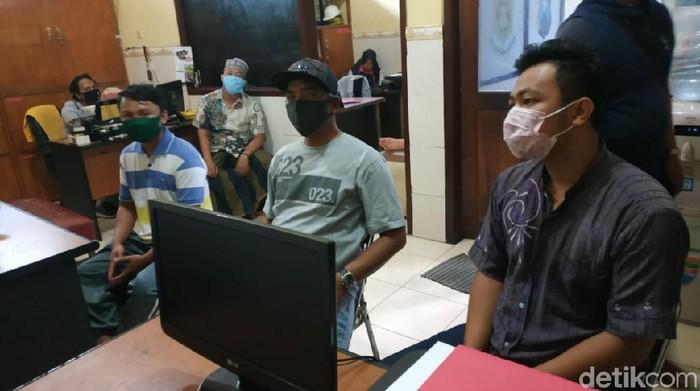 4 Anggota Keluarga Penjemput Paksa Jenazah Positif di RS Paru Jadi Tersangka
