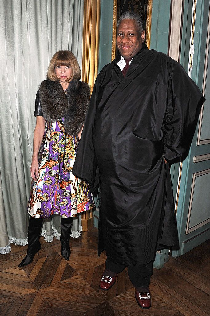 PARIS, FRANCE - MARCH 07:  Anna Wintour and Andre Leon Talley attend a cocktail and dinner hosted in honor of designer Michael Kors during Paris Fashion Week Fall/Winter 2012 at the Embassy Of The United States on March 7, 2011 in Paris, France.  (Photo by Pascal Le Segretain/Getty Images)