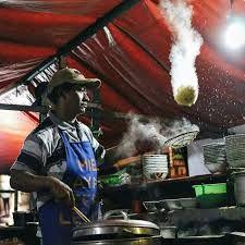 Atraksi Penjual Makanan Vrial