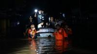 Perumahan di Pondok Gede dan Villa Nusa Indah Bekasi Banjir Setinggi 2 Meter