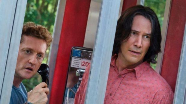film Bill & Ted face The Music dibintangi Keanu Reeves.
