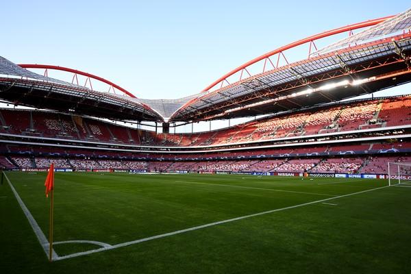 Stadion da Luz ramai diperbincangkan usai final Liga Champions 2019/2020 dilaksanakan di sana. Stadion ini pernah menjadi markas klub Benfica yang juga pernah menjadi lokasi pertandingan Piala Eropa 2004. (Foto: Getty Images/Octavio Passos)